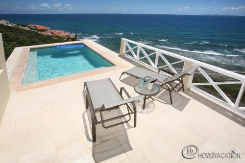 Caribella ....St Maarten Villa...Pool / Deck with ocean views - CARIBELLA... A lovely villa on Tamarind Hill with great views! - Dawn Beach - rentals