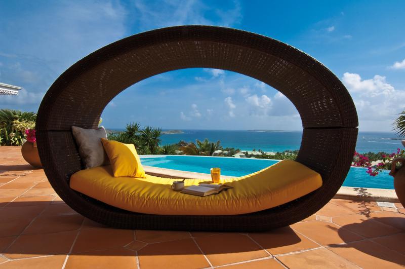 Spacious Villa overlooking Orient Bay - Image 1 - Orient Bay - rentals