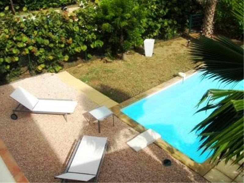 Esther, Orient Beach, St Martin - ESTHER... 2 bedroom affordable townhome with private pool, short, easy walk to Orient beach! - Orient Bay - rentals