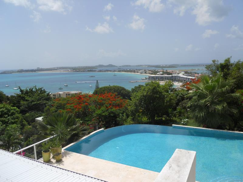 La Di Da, Pelican Key, St Maarten - LA DI DA...St Maarten villa high atop a mountain at the mouth of Pelican Key - Pelican Key - rentals