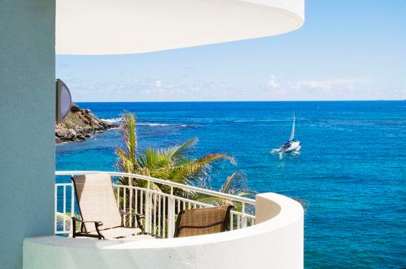 The Lighthouse 3C - Ideal for Couples and Families, Beautiful Pool and Beach - Image 1 - Dawn Beach - rentals