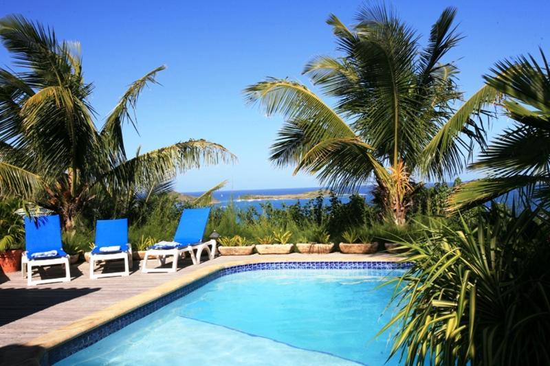 Casa Azul, 4BR Orient Bay, St Martin 800 480 8555 for reservations - CASA AZUL... a charming 4 BR Hillside Villa Overlooking Orient Bay - Orient Bay - rentals