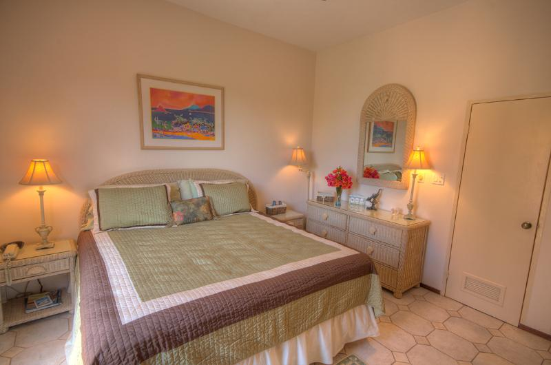 Marisol...2BR Pelican Key Estate, St. Maarten  800 480 8555 - MARISOL...light and airy townhouse at Point Blue in Pelican Key Estate - Pelican Key - rentals