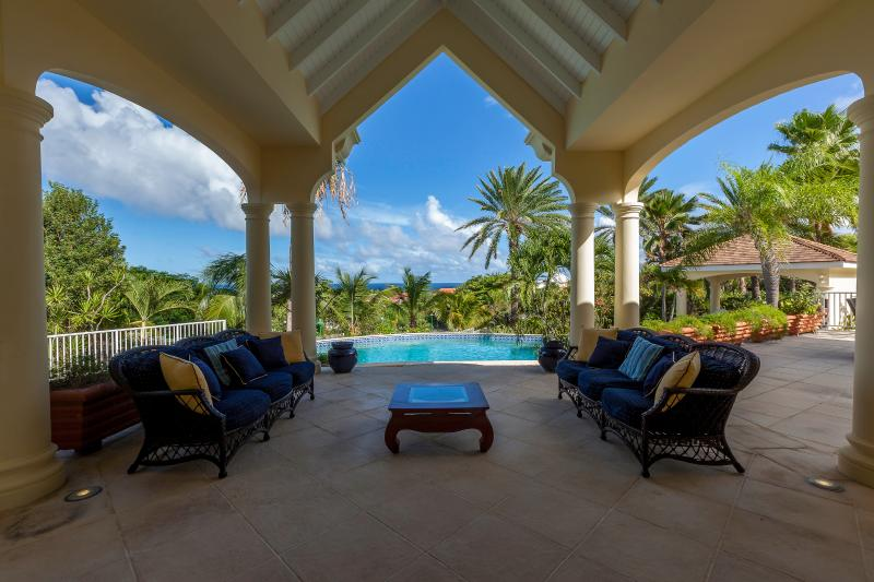 Orient View... 4 BR Orient Bay, St Martin 800 480 8555 - ORIENT VIEW...  gorgeous 4 BR villa overlooking Orient Bay, perfect for large families! - Orient Bay - rentals