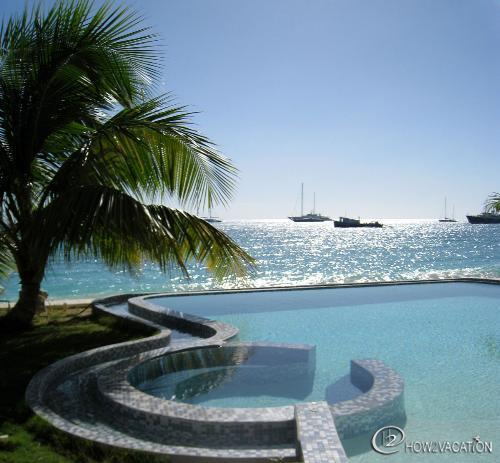 UNFORGETTABLE... indeed! Wonderful beachfront contemporary complex on fabulous - Image 1 - Simpson Bay - rentals