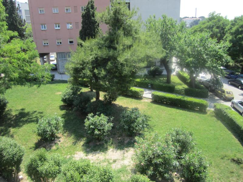 Park in front of the house - Eco-Friendly Apartments Split - Split - rentals