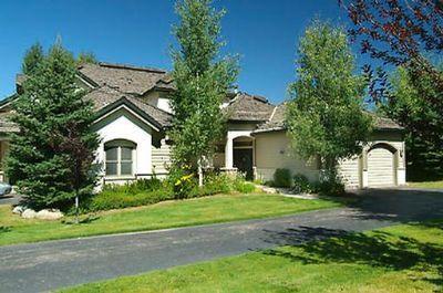 132 Castle Peak Close - Image 1 - Beaver Creek - rentals