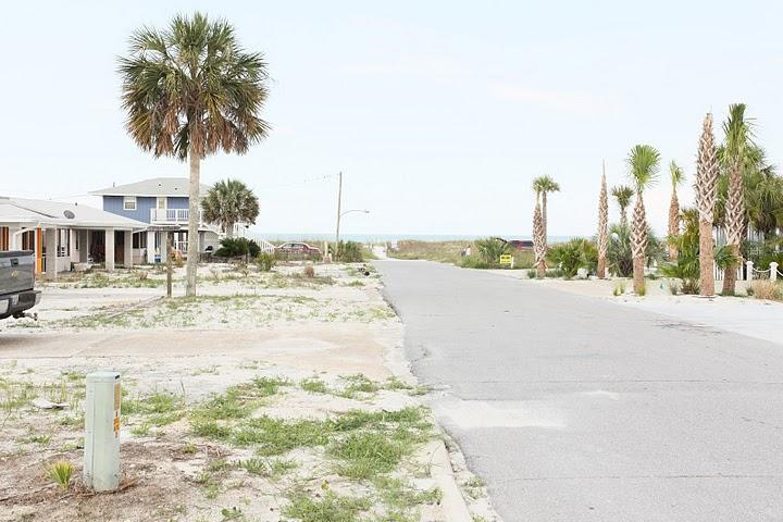 Street view to the beach - Great Beach Escape! 2br duplex- Mexico Beach, FL - Mexico Beach - rentals