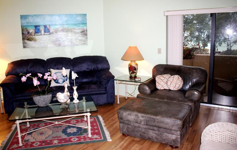 Living Room - Sunrise/Sunset on AMI Florida - Bradenton - rentals