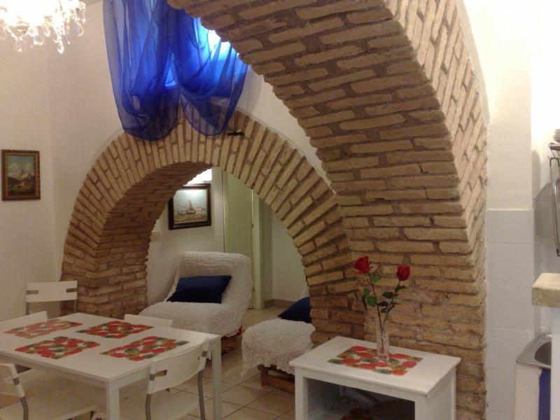 dining room - (max 6 ppl)  1927 Anno Domini - Rome - rentals