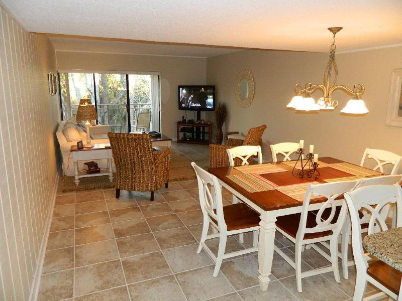 2 BR Penthouse Golf Condo Near Beach Remodeled - Image 1 - Hilton Head - rentals