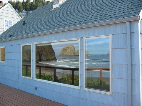 Just a reflection of the view1 - Agate Hearth House - Oceanside - rentals