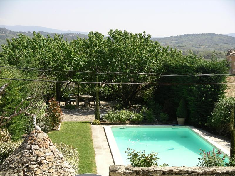 This is the view from the house of the private pool and garden area. - Stunning Medieval Luberon Village House  (Pool) - Gordes - rentals