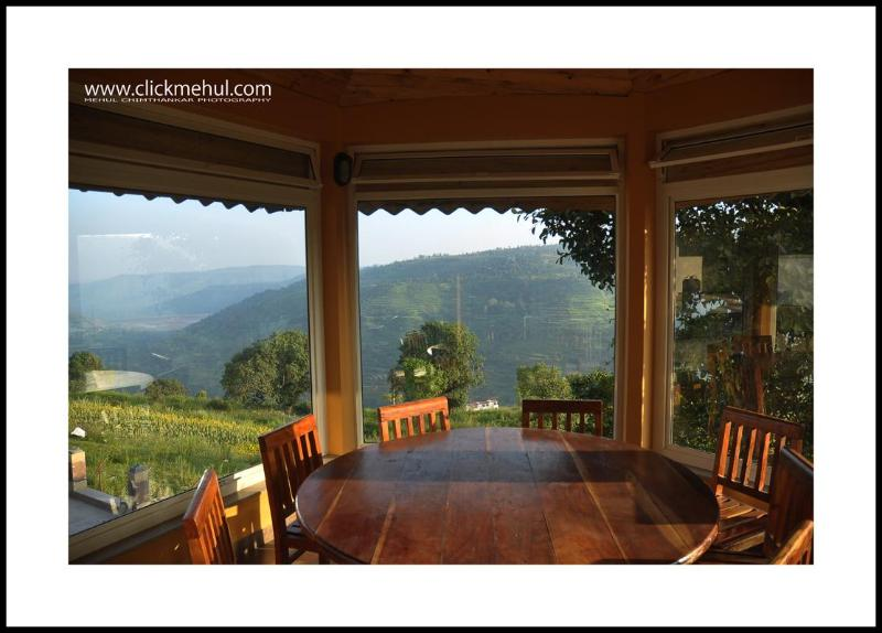 View from the Gazebo - Panchgani Holiday  - Visit The Dala Rooster - Panchgani - rentals