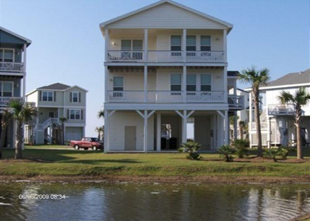 Want beach view, bay view and lagoon. This place offers all three. - Image 1 - Galveston - rentals