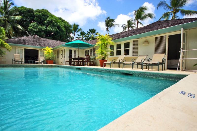 Swimming pool - Family friendly villa, pool, steps to Gibbs Beach - Saint Peter - rentals