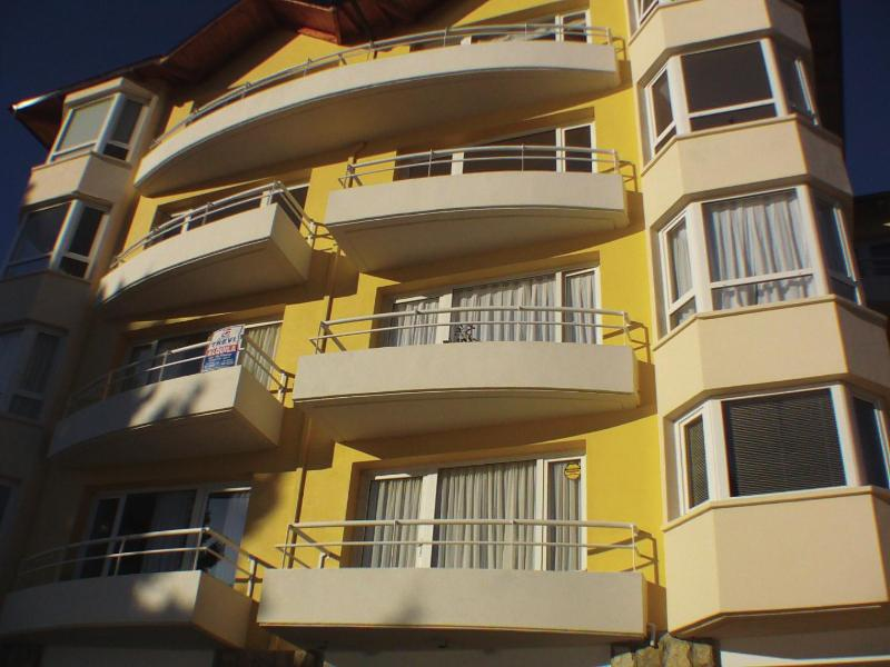 Front of the Building - Luxury Bariloche Lakeview Apartment - San Carlos de Bariloche - rentals