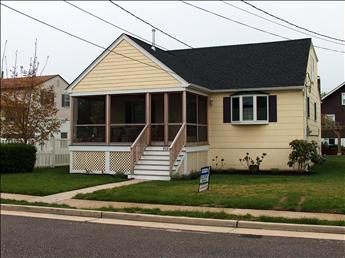 Property 5917 - Super House with 4 BR-2 BA in Cape May (5917) - Cape May - rentals