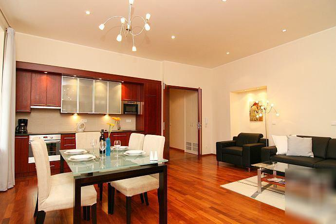 LIving room with kitchen - Best Location, Luxury Apartment at Old Town Square - Prague - rentals