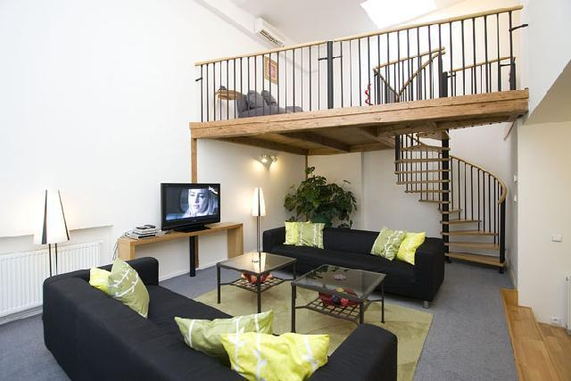 Lounge Area - Great 4 bed city centre apartment with air con. - Prague - rentals
