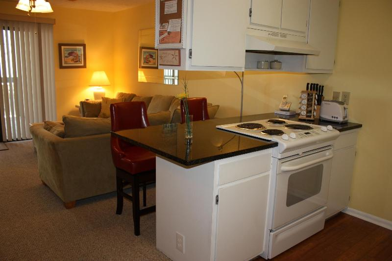 Newly Upgraded 1b,1b Condo with Ocean & Lake Views - Image 1 - Carolina Beach - rentals