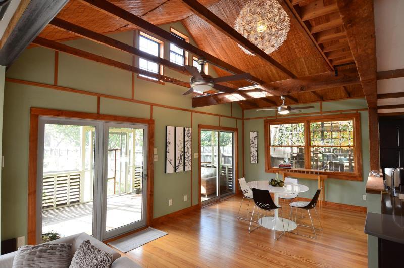 Zilker Zen House - Luxury 3/2 in Zilker Park - Image 1 - Austin - rentals