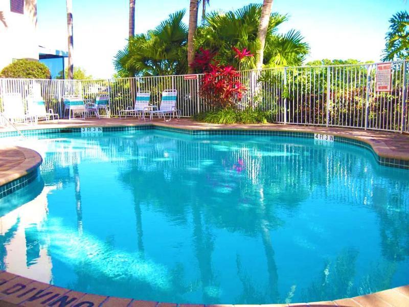 6 Bedroom PGA National Palm Beach  Family Home - Image 1 - Palm Beach Gardens - rentals