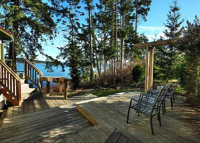 Waterfront Home Close to Town! - (Alba Vista) - Image 1 - Friday Harbor - rentals