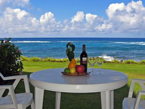 Best Restaurant Table on the Island - Kuhio Shores 115, Oceanfront on Poipu Beach Kauai - Poipu - rentals