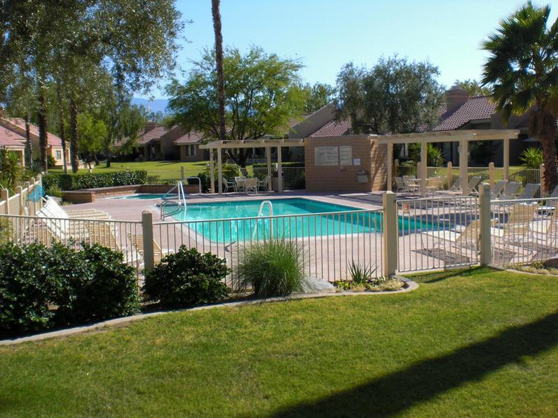 steps away from back door - VACATION RENTAL in Palm Desert California - Palm Desert - rentals