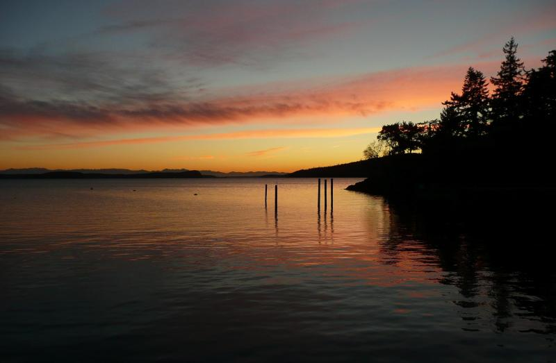 Sunset view - Blackberry Beach - Olga - rentals