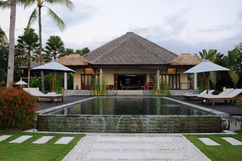 Private Vacation Rental Villa Insulinde - Private Vacation Rental,  Lovina Beach, North Bali - Dencarik - rentals