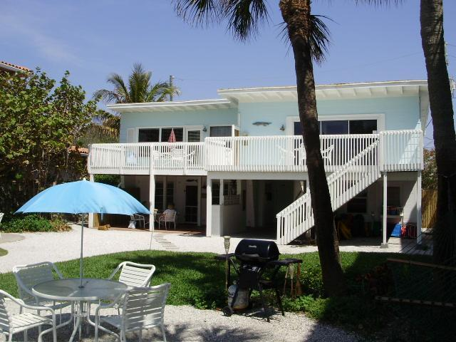 Best Beachfront Vacation You'll Ever Have! - Image 1 - Indian Rocks Beach - rentals