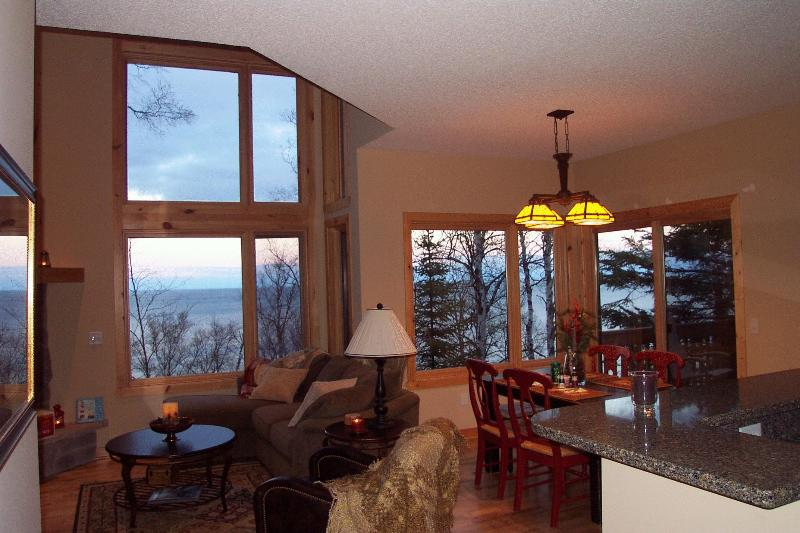 Dramatic floor to ceiling windows bring the sight and sounds of Lake Superior in, it's so beautiful! - Lake Superior Luxury Rental - beautiful lake view! - Beaver Bay - rentals