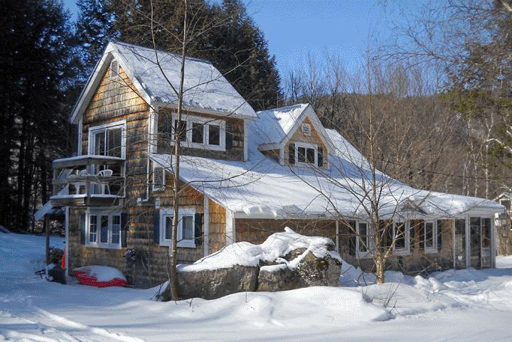 Cottage during ski season - Metcalf Pond, Near Smugglers Notch - Jeffersonville - rentals