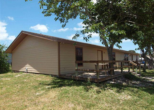 2 bedroom 1bath duplex in the heart of Port Aransas! - Image 1 - Port Aransas - rentals