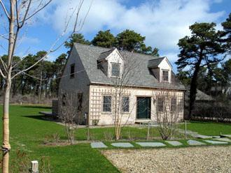 3 Bedroom 3 Bathroom Vacation Rental in Nantucket that sleeps 6 -(9996) - Image 1 - Nantucket - rentals