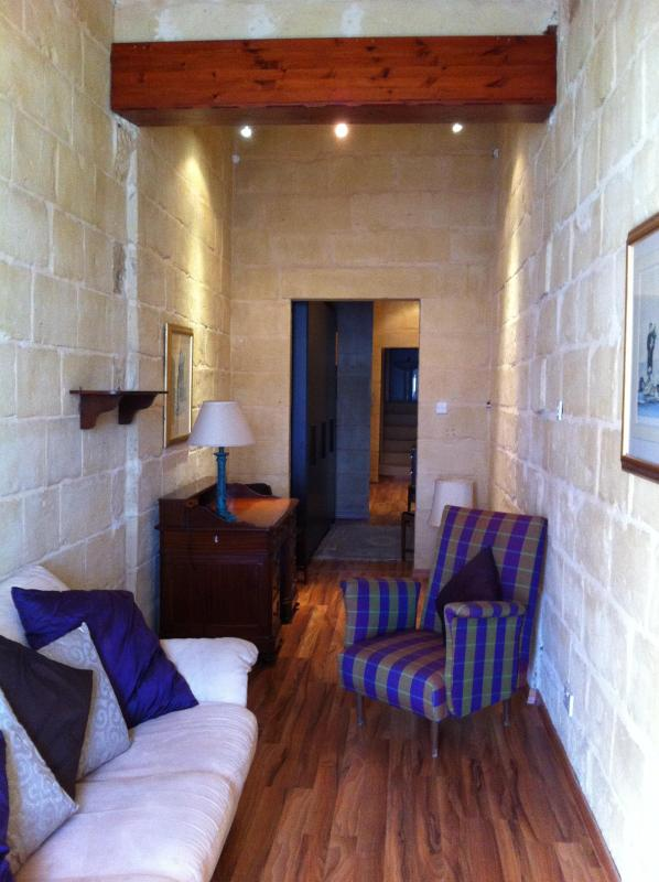 Living Room - Duplex apartment in Valletta with Harbour views - Valletta - rentals