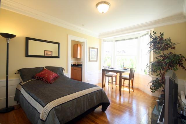 Living room - Huntington Park Studio - San Francisco - rentals