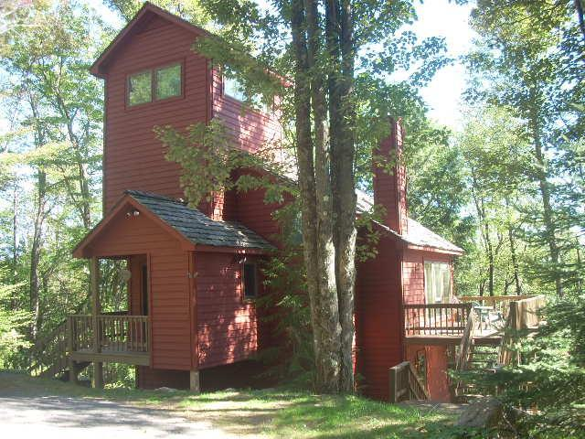front entrance, upper deck on right - Canaan Valley - National Forest Nearest Neighbor - Canaan Valley - rentals