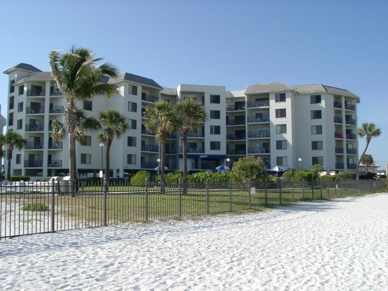 Condo w/ 2 Bedrooms - 2 Bathrooms - Sleeps 2-6 w/ Pool-Whirlpool - FREE Wi-Fi - Ultimate St Pete Beach Front Rental Condo #101 - Saint Pete Beach - rentals