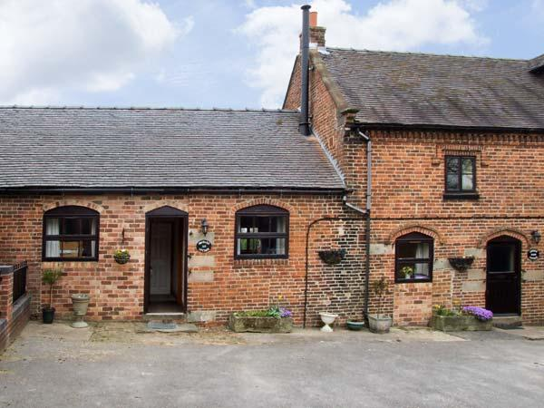 ORCHARD COTTAGE, pet friendly, character holiday cottage, with a garden in - Image 1 - Ashbourne - rentals