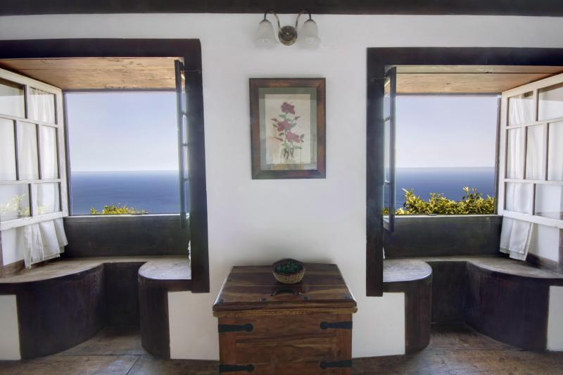 Magnficent sea view from all rooms - La Casita, romantic cottage with stunning sea view - Garafia - rentals