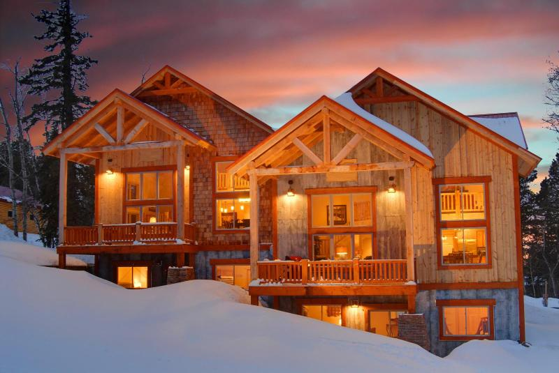 Yes...this picture is real! - Black Hills Luxurious Mountain Chalet - Lead - rentals