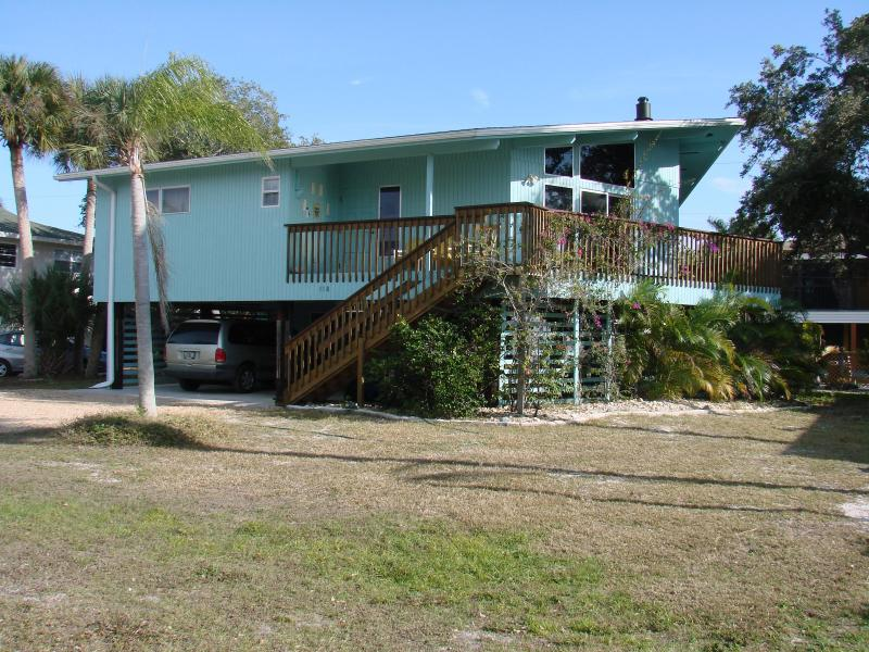 Fort Myers Beach Sunset House 300 yards from the GULF OF MEXICO! - 4 Bedroom house 118 AndreMar Drive FT MYERS BEACH - Fort Myers Beach - rentals