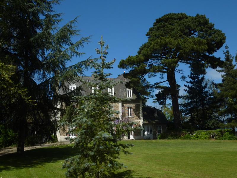 French Villa in Brittany Near the Beach - Villa Dinard - Image 1 - Dinard - rentals