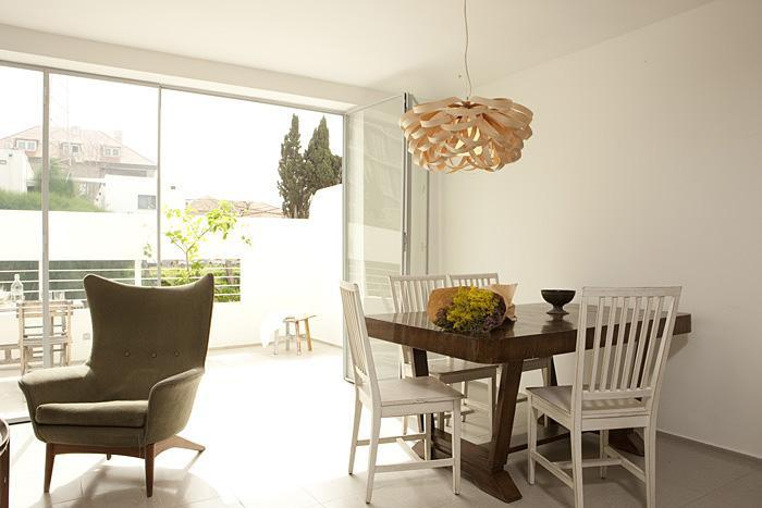 dining table - Charming Apartment in the heart of picturesque  Neve Tzedek - Tel Aviv - rentals