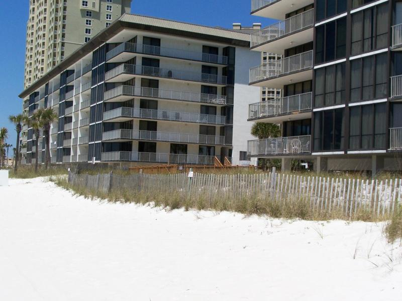 Directly on the sugar white sands of PCB - amazing views of the beach and Gulf of Mexico - Ask about our Amazing March Madness Sale bch frnt! - Panama City Beach - rentals