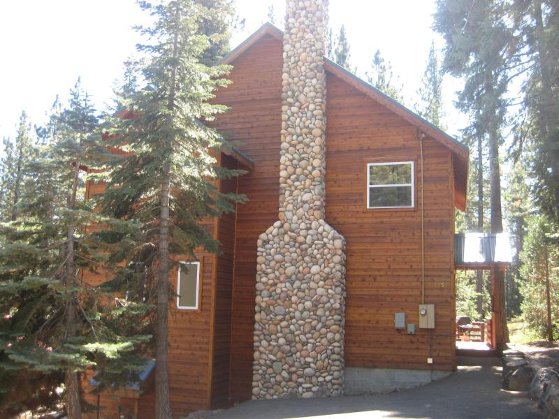 Great West Shore Home...just minutes to Tahoe City - Image 1 - Lake Tahoe - rentals