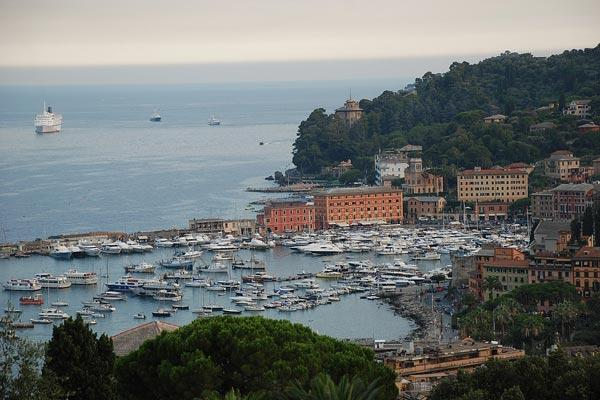 Situated in Portofino National Park, with spectacular views of Camogli and the Golfo Del Paradiso, this villa dates back to the 1960s. HII TIG - Image 1 - Portofino - rentals
